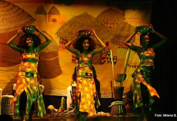 OBISK V AFRIŠKI VASI