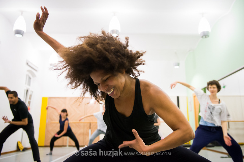 DANCE CLASSES, WORKSHOPS: AFRICAN DANCE, CONTEMPORARY DANCE